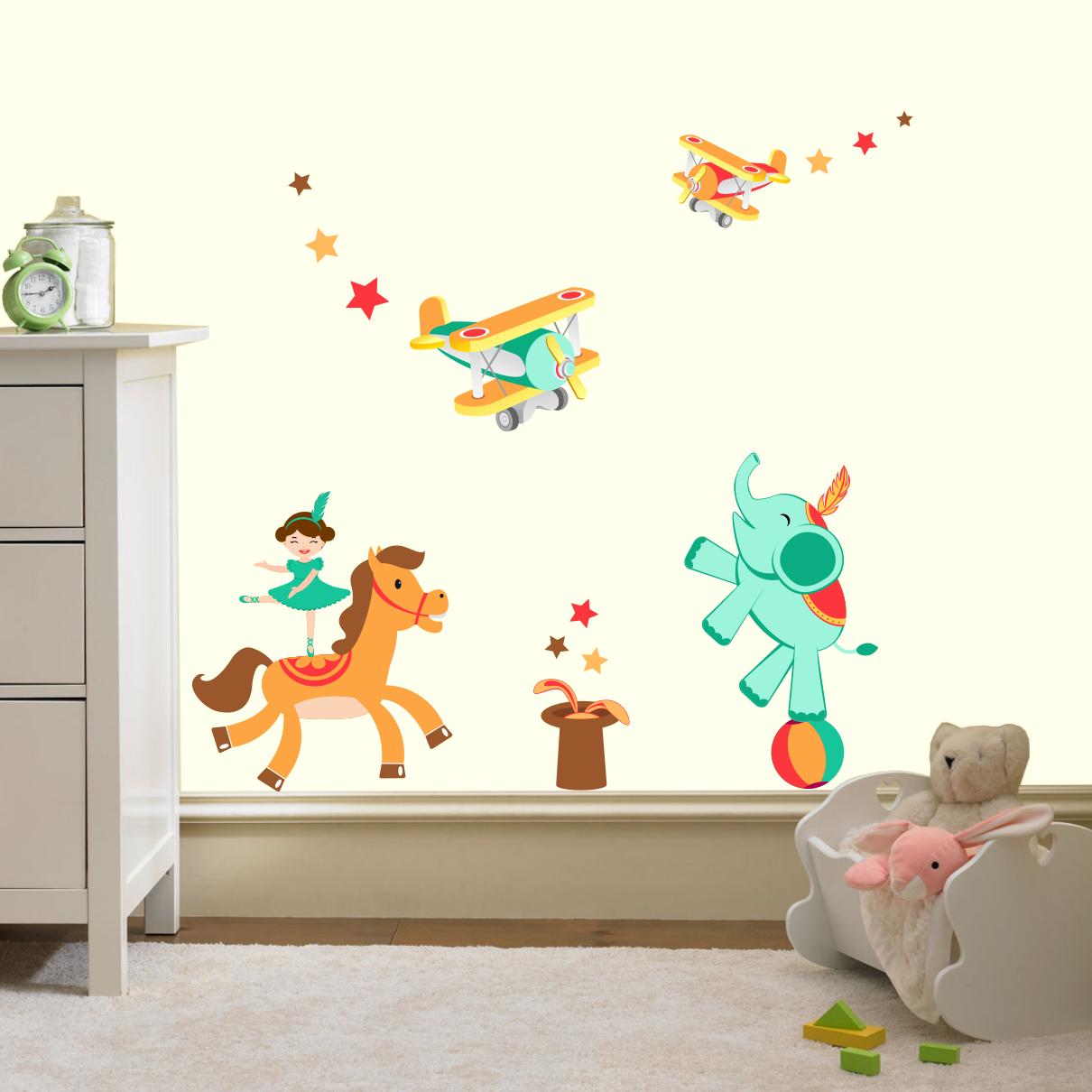 Stickere perete copii Circul zburator - 118 x 70 cm