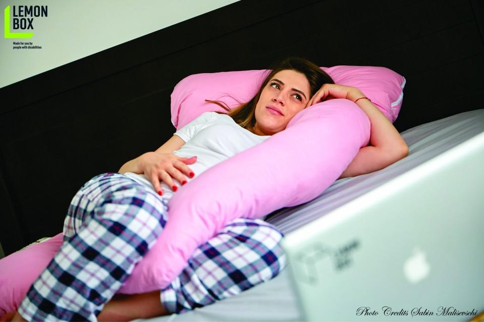 Perna pentru gravide si alaptare - MODEL ROZ
