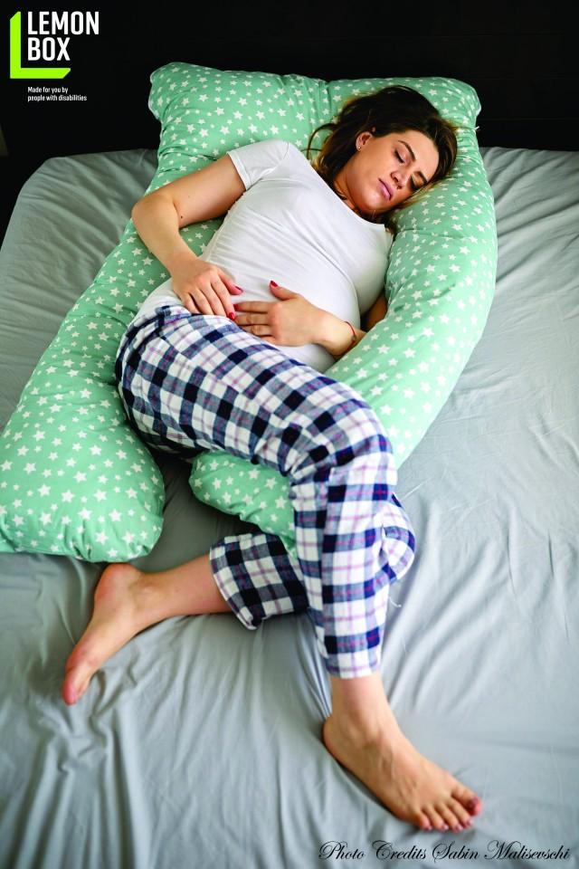 Perna pentru gravide si alaptare - MODEL STELUȚE
