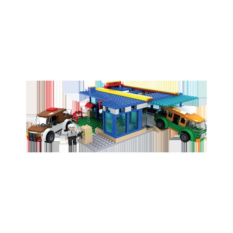 Set cuburi constructie MyCity Spalatoria auto, 584 piese, Blocki