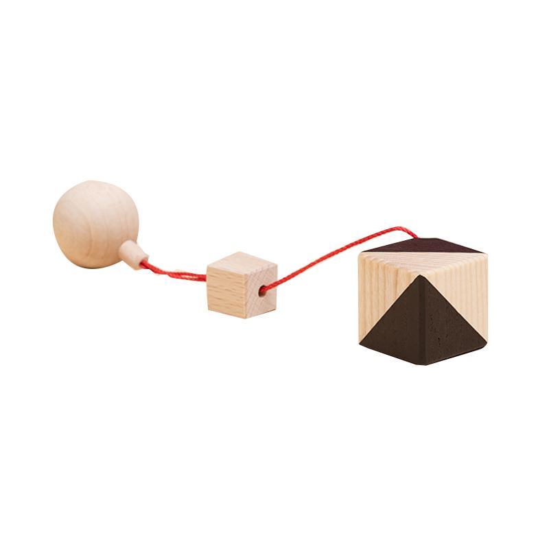 Jucarie din lemn corp geometric cub, natur-negru, pentru carusel / centru de activitati, Mobbli imagine