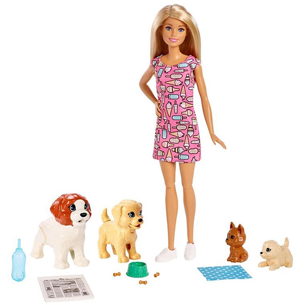 Set Barbie by Mattel Family papusa cu 4 catelusi si accesorii