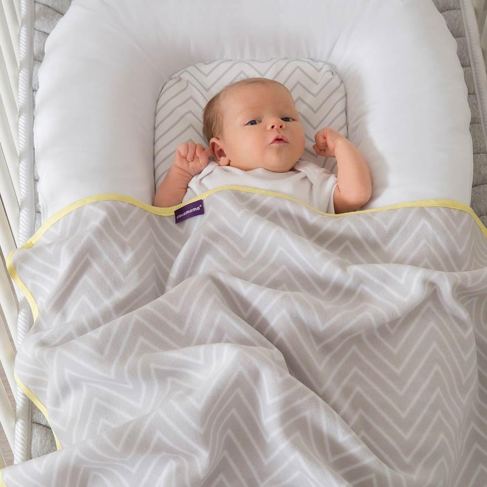 Paturica fleece pentru bebelusi 70x90cm Clevamama 3458