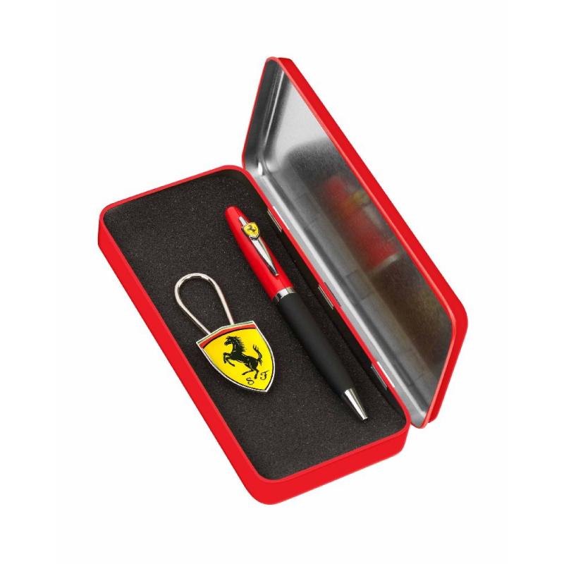 Set Ferrari Maranello pix si breloc