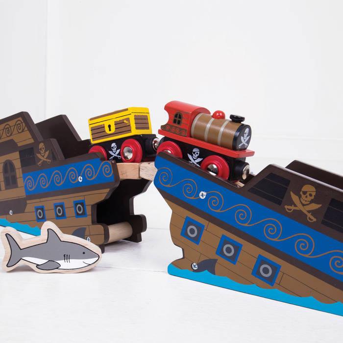 Trenuletul Piratilor