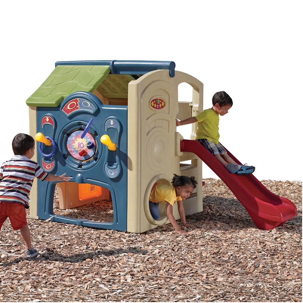 Casuta Cu Tobogan Neighborhood Fun Center New 2015!